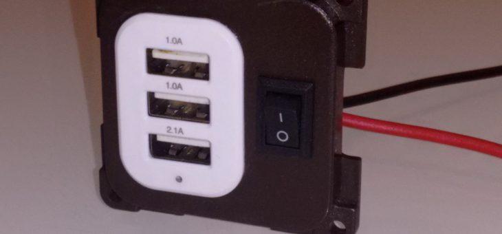 Presa USB tripla da pannello